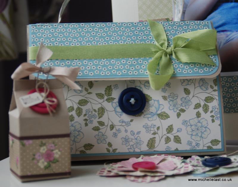 Vintage Handbag & 8 cards tutorial by Michelle Last £3